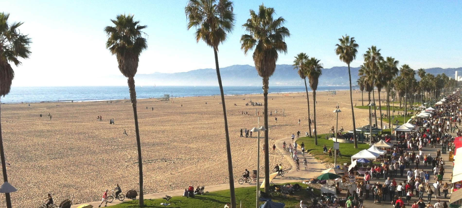 Hotels Near Muscle Beach